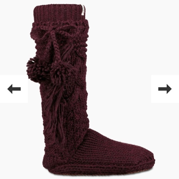 ee6ce7f237d UGG Cozy slipper socks NWT